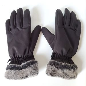 HEAD Touchscreen Tips NWOT Insulated Gloves